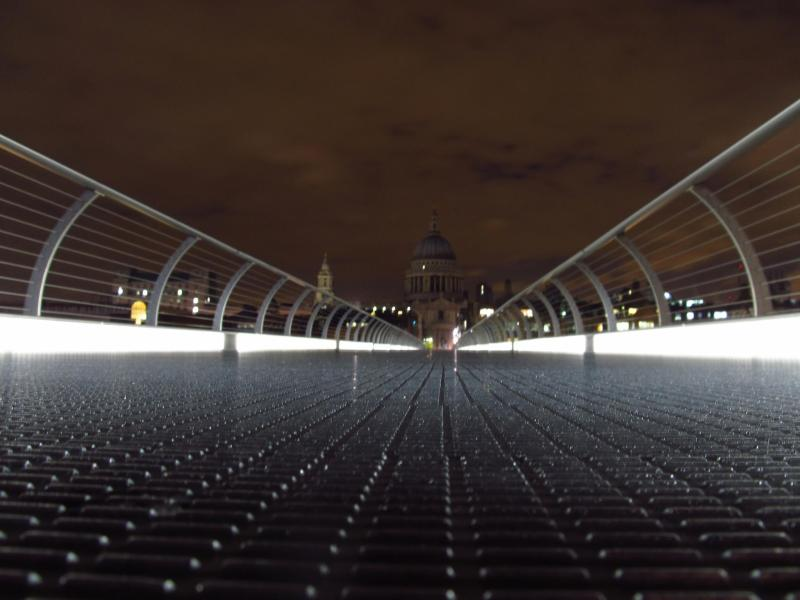 Millennium_Bridge_London