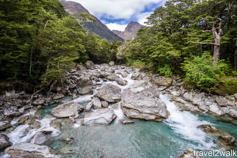 16_12_NZ2-10