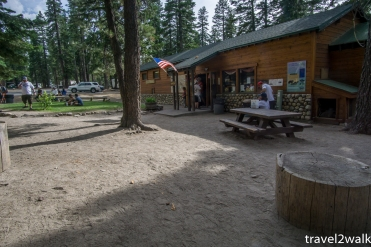 Red's Meadow store