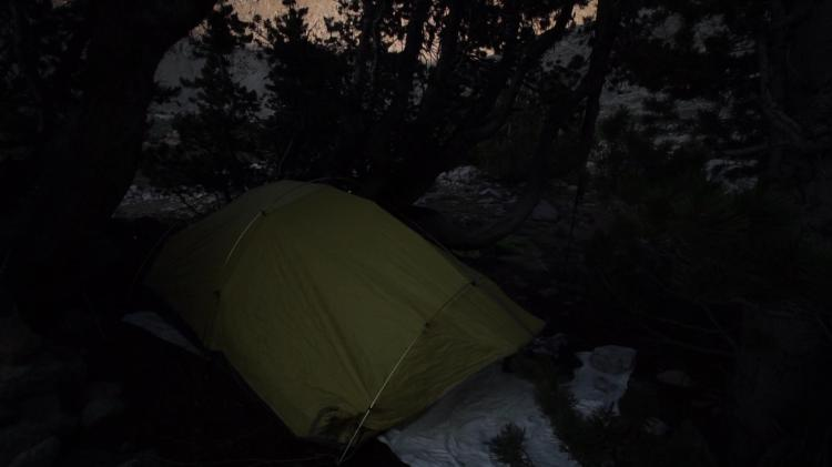 jmt_6_double_tent.jpg