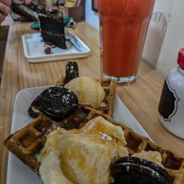 Breakfast waffles and cake from Eusebio & Manolo