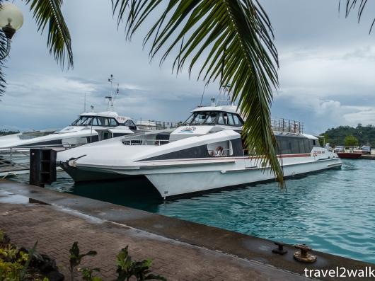 free Air Tahiti boat shuttles